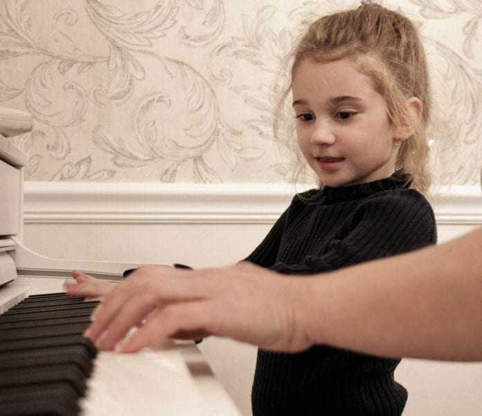 best keyboard pianos for kids