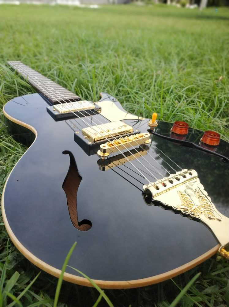 b and g little sister crossroad electric guitar