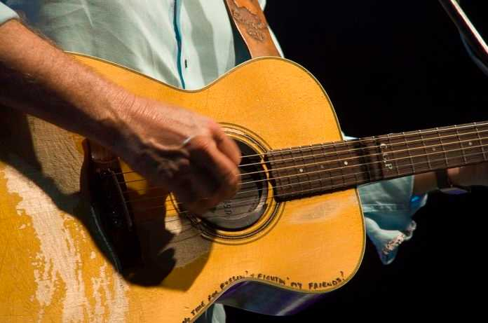 best fingerstyle guitarists of all time